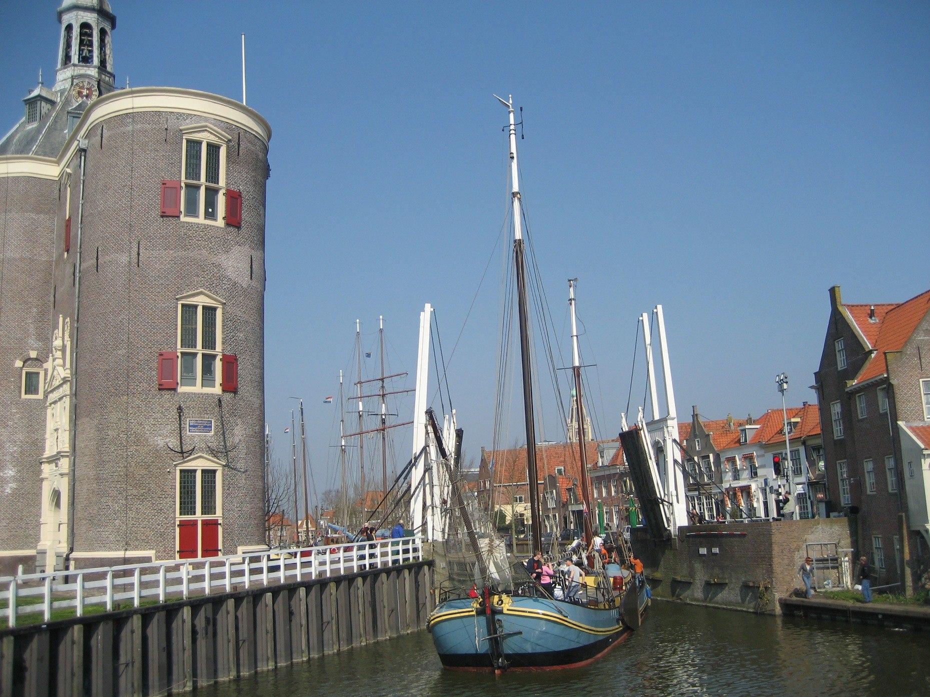 zeilen op het IJsselmeer vanuit Enkhuizen